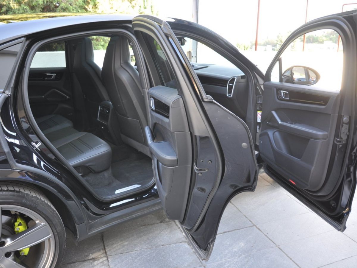 Porsche Cayenne Coupe 3.0 V6 462 Ch Tiptronic BVA E-Hybrid Noir - 15