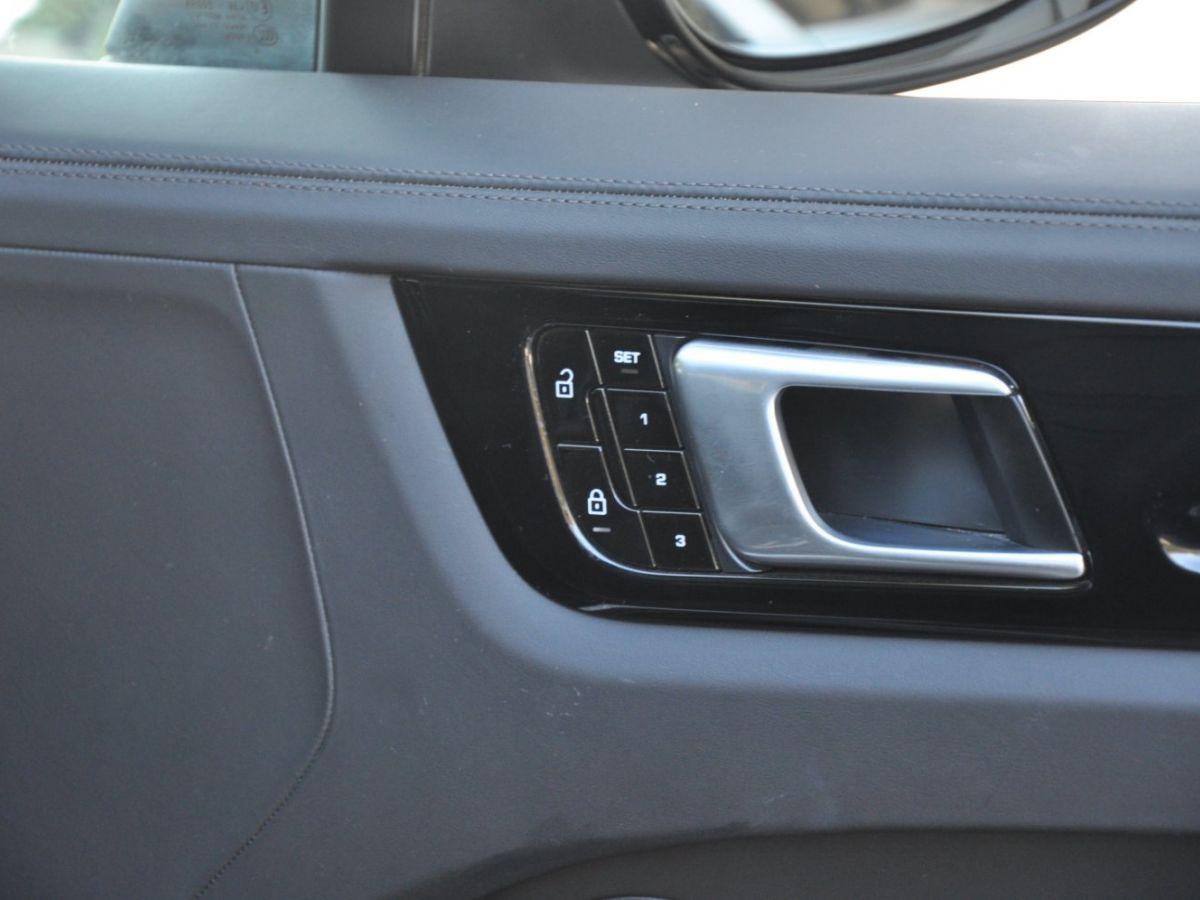 Porsche Cayenne Coupe 3.0 V6 462 Ch Tiptronic BVA E-Hybrid Noir - 19