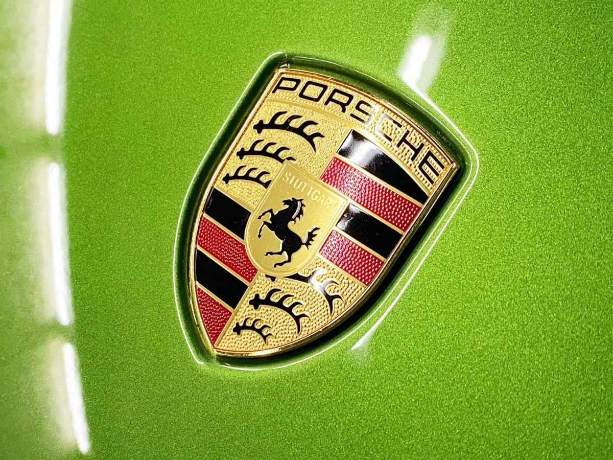 Porsche Macan (2) 3.0 440 TURBO Vert Métallisé - 23