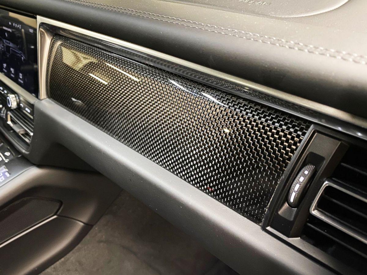 Porsche Macan (2) 3.0 440 TURBO Vert Métallisé - 43