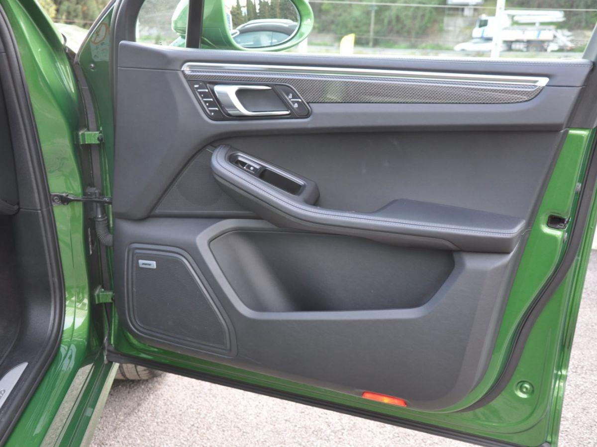 Porsche Macan (2) 440 TURBO Vert - 15