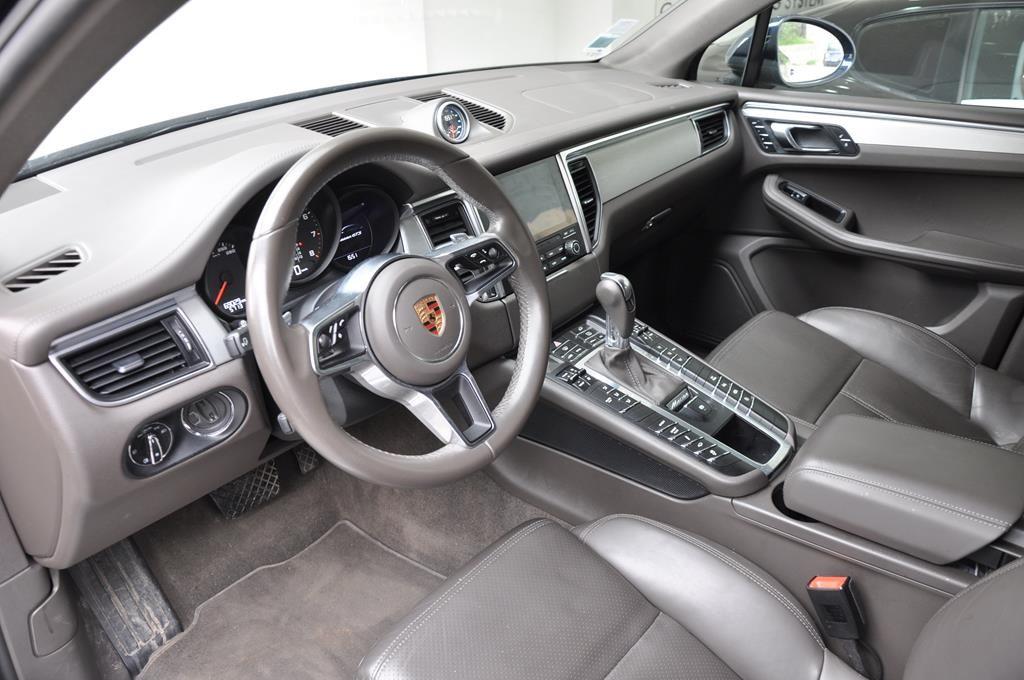 Porsche Macan GTS Bleu Foncé Métal - 6