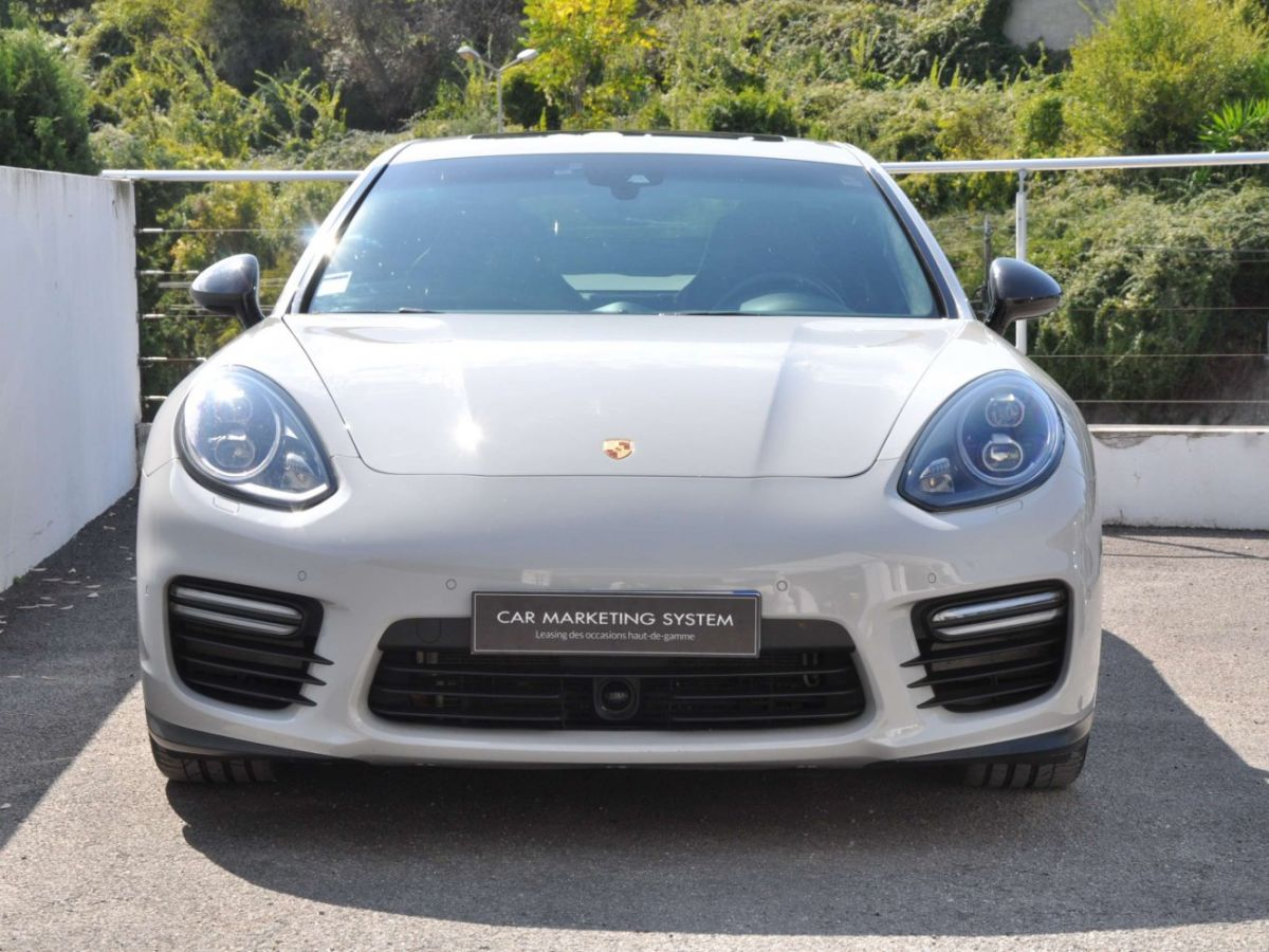 Porsche Panamera (2) GTS V8 4.8 440 PDK Gris Clair - 2