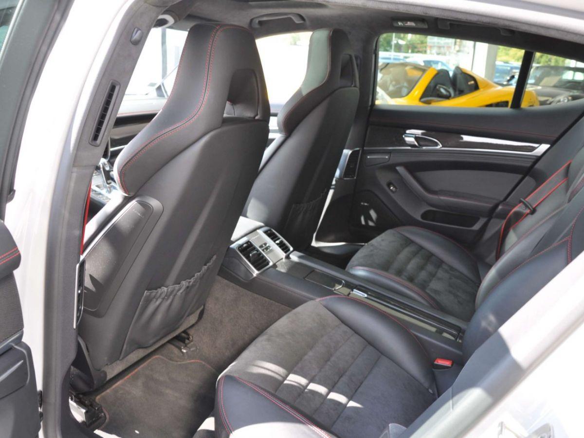 Porsche Panamera (2) GTS V8 4.8 440 PDK Gris Clair - 10