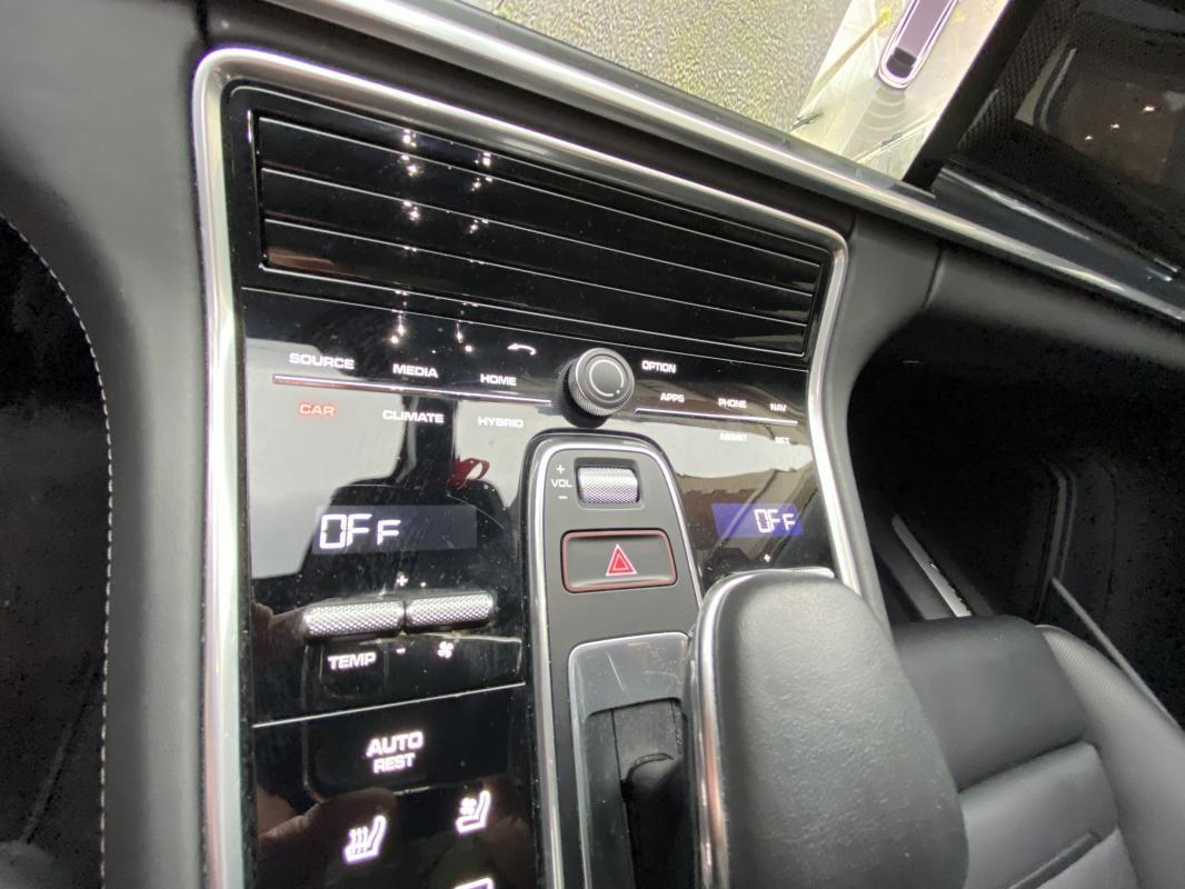 Porsche Panamera 4 V6 3.0 462 Hybrid Sport Turismo PDK Noir Métallisé - 22