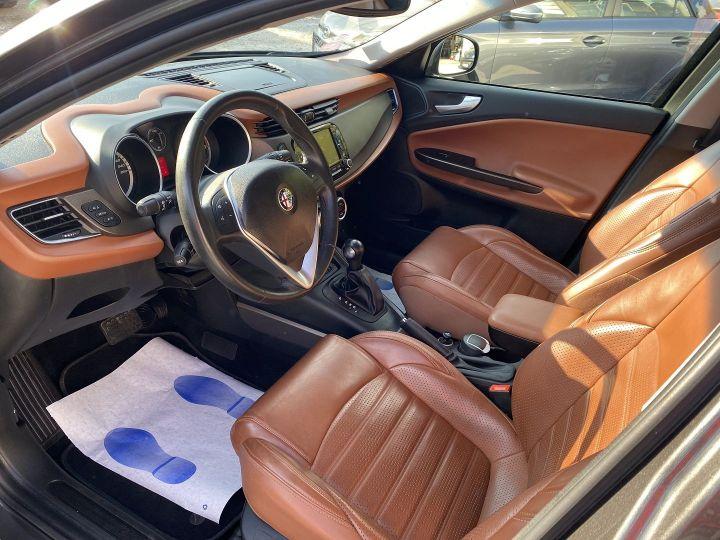 Alfa Romeo Giulietta 1.4 TB MULTIAIR 170CH EXCLUSIVE STOP&START TCT Gris F - 8