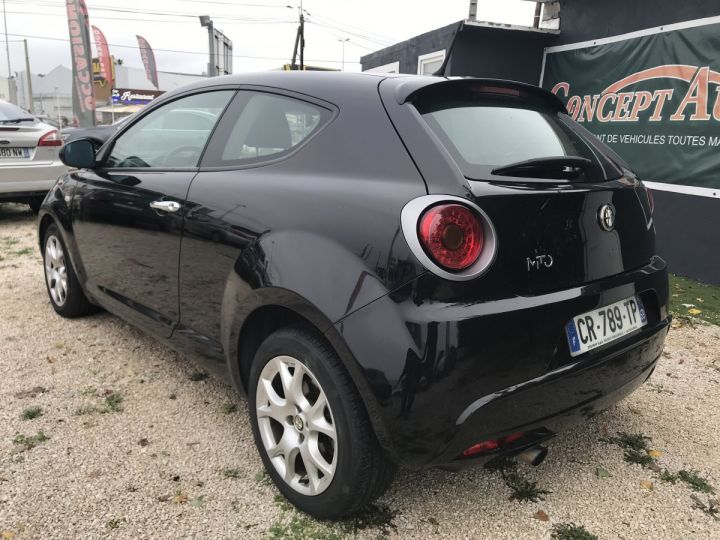 Alfa Romeo MITO 0.9 TWIN AIR 85CH DISTINCTIVE NOIR  Occasion - 4