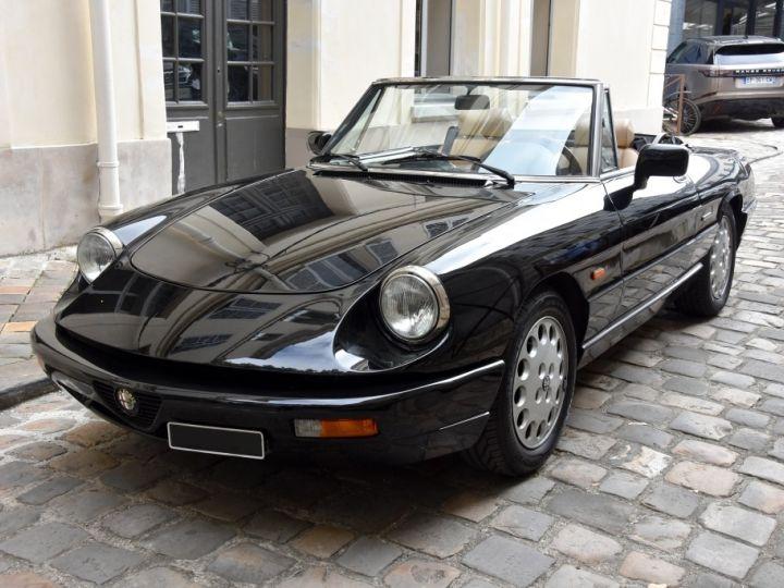 Alfa Romeo Spider 2.0i Noir Opaque Verni - 1