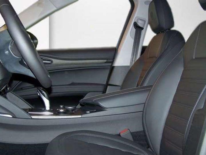 Alfa Romeo Stelvio 2.2 Diesel 209ch Super Q4 AT8 *Toit ouvrant pano - Cuir* Livraison et garantie 12 mois incluse Noir vulcano métalisé - 6