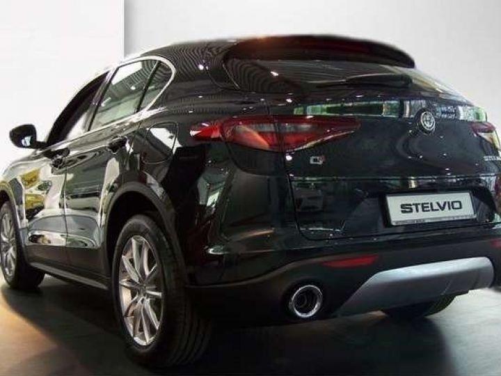 Alfa Romeo Stelvio 2.2 Diesel 209ch Super Q4 AT8 *Toit ouvrant pano - Cuir* Livraison et garantie 12 mois incluse Noir vulcano métalisé - 11