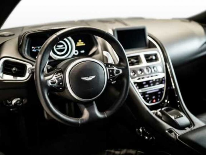 Aston Martin DB11 AMR # BODYPACK BLACK Onyx Black - 6
