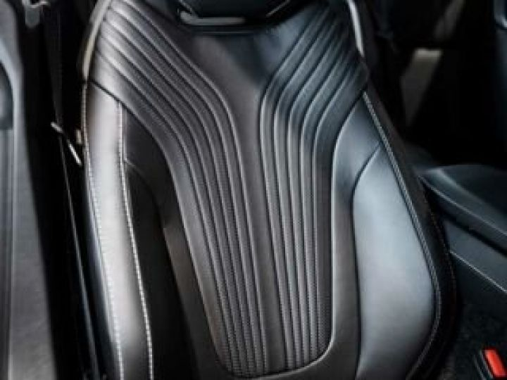 Aston Martin DB11 AMR # BODYPACK BLACK Onyx Black - 8