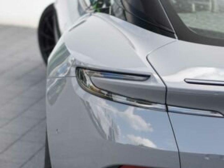 Aston Martin DB11 AMR V12 China Grey métal - 6