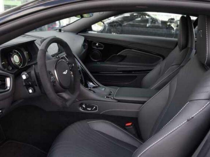 Aston Martin DB11 AMR V12 China Grey métal - 9