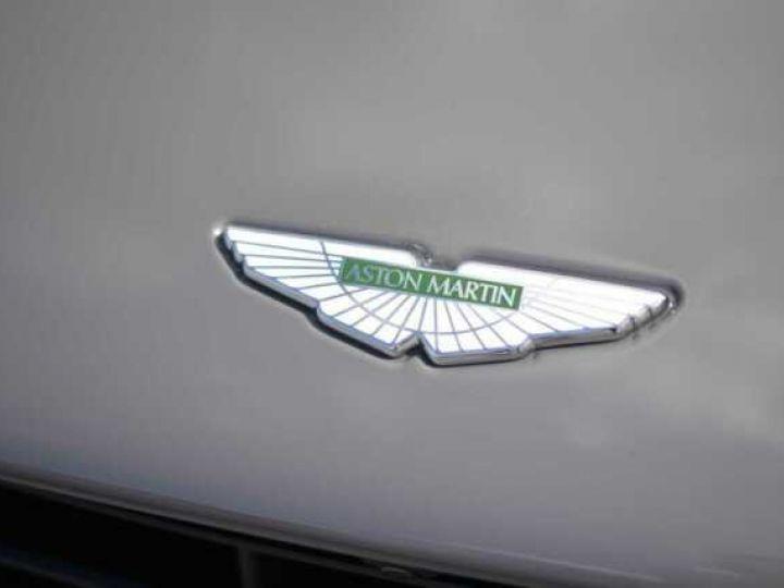 Aston Martin DB11 AMR V12 China Grey métal - 16