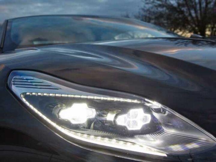 Aston Martin DB11 BODYPACK BLACK#PACK TECHNOLOGY#PACK EXTERIEUR BRIGHT FINISHER Onyx Black métal - 14