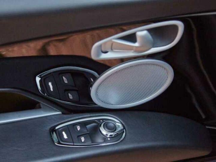 Aston Martin DB11 BODYPACK BLACK#PACK TECHNOLOGY#PACK EXTERIEUR BRIGHT FINISHER Onyx Black métal - 19