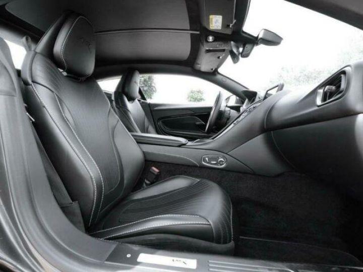 Aston Martin DB11 V12 AMR Quantum Silver - 5