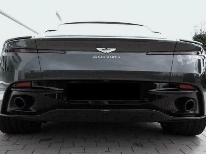 Aston Martin DB11 V12 AMR Quantum Silver - 20