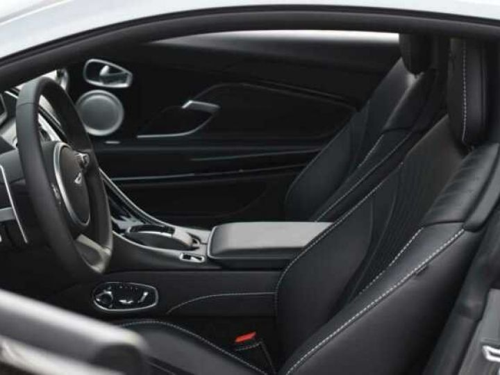 Aston Martin DB11 V12 AMR Magnetic Siver métal - 6