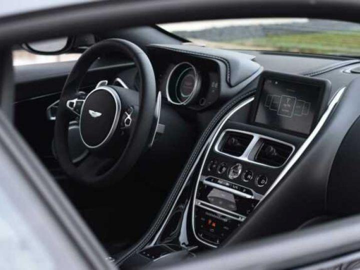 Aston Martin DB11 V12 AMR Magnetic Siver métal - 7