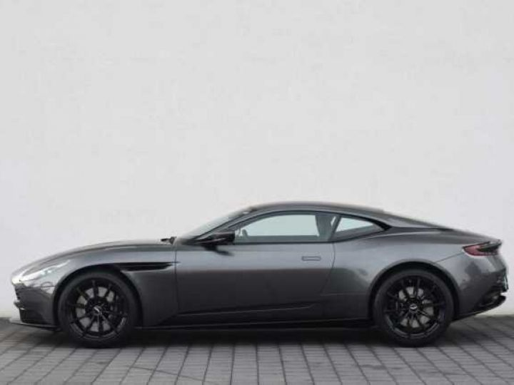Aston Martin DB11 V12 AMR Magnetic Siver métal - 10