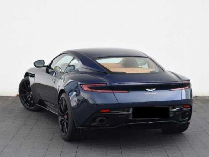 Aston Martin DB11 V12 AMR 639 CV # BODYPACK BLACK Mariana Blue - 2