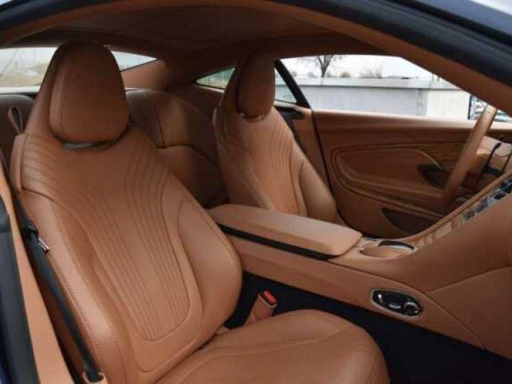 Aston Martin DB11 V12 AMR 639 CV # BODYPACK BLACK Mariana Blue - 6