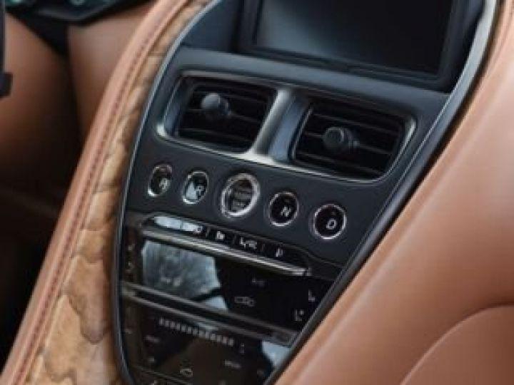 Aston Martin DB11 V12 AMR 639 CV # BODYPACK BLACK Mariana Blue - 8