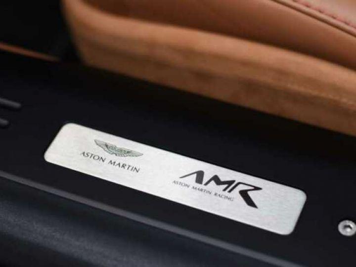 Aston Martin DB11 V12 AMR 639 CV # BODYPACK BLACK Mariana Blue - 12