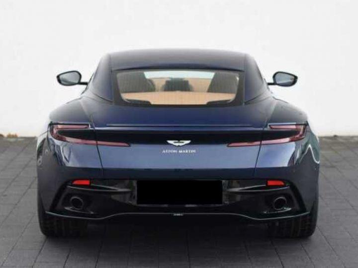 Aston Martin DB11 V12 AMR 639 CV # BODYPACK BLACK Mariana Blue - 19