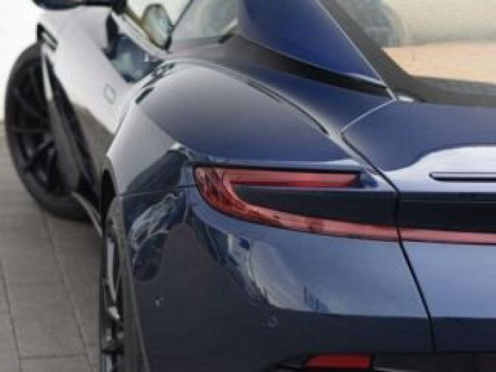 Aston Martin DB11 V12 AMR 639 CV # BODYPACK BLACK Mariana Blue - 21