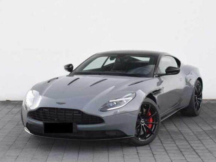 Aston Martin DB11 V12 AMR 639 CV#BODYPACK BLACK# China Grey métal - 1