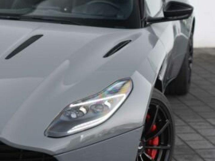 Aston Martin DB11 V12 AMR 639 CV#BODYPACK BLACK# China Grey métal - 2