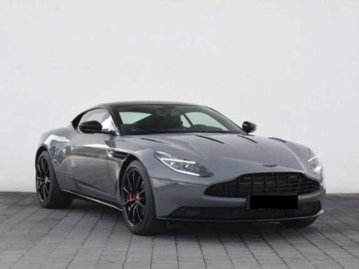 Aston Martin DB11 V12 AMR 639 CV#BODYPACK BLACK# China Grey métal - 6