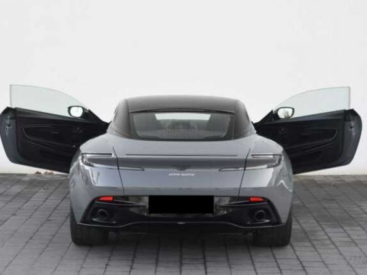 Aston Martin DB11 V12 AMR 639 CV#BODYPACK BLACK# China Grey métal - 8