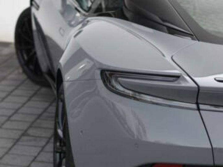 Aston Martin DB11 V12 AMR 639 CV#BODYPACK BLACK# China Grey métal - 10