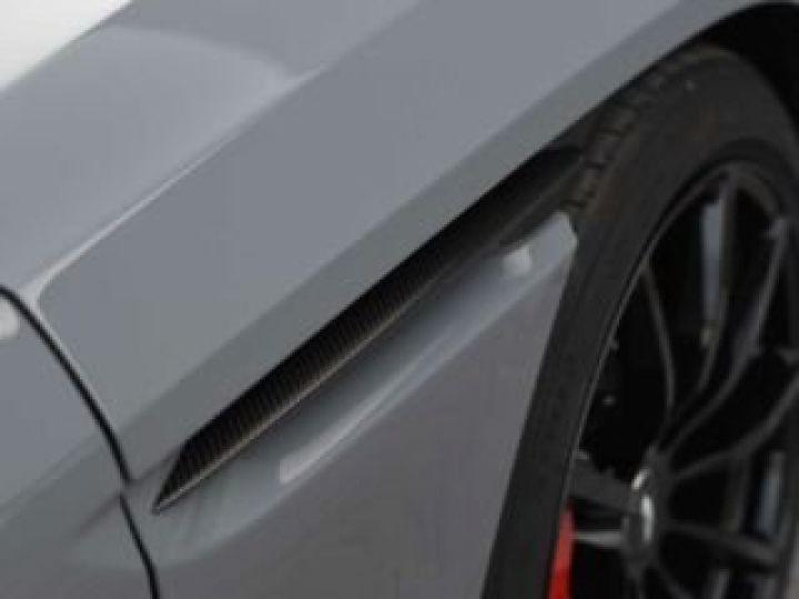 Aston Martin DB11 V12 AMR 639 CV#BODYPACK BLACK# China Grey métal - 12