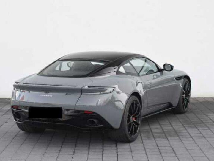 Aston Martin DB11 V12 AMR 639 CV#BODYPACK BLACK# China Grey métal - 16
