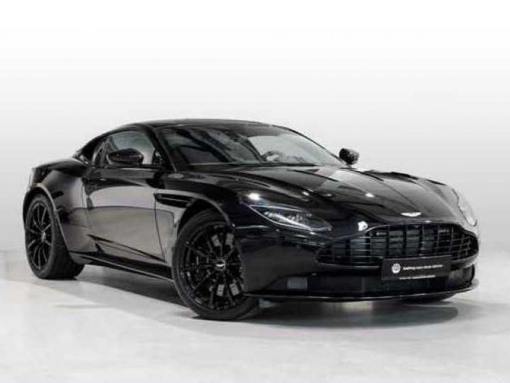 Aston Martin DB11 V12 AMR Bodypack Black Onyx Black métal - 1
