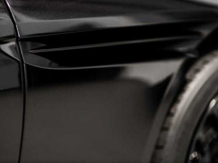 Aston Martin DB11 V12 AMR Bodypack Black Onyx Black métal - 9