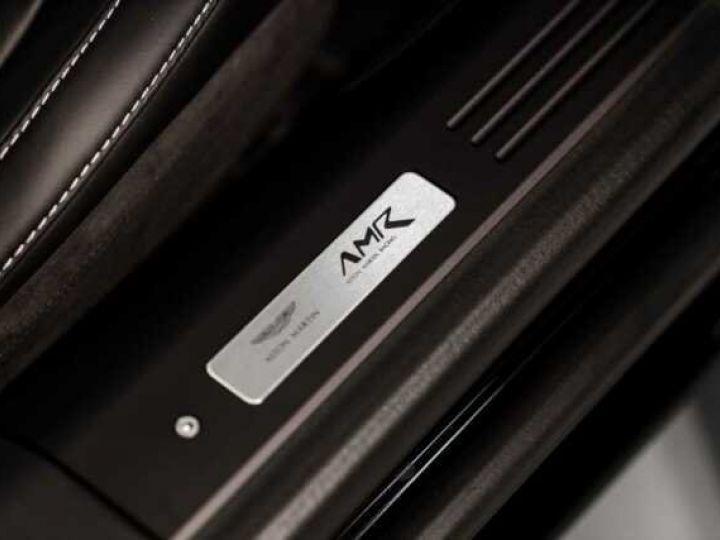 Aston Martin DB11 V12 AMR Bodypack Black Onyx Black métal - 15