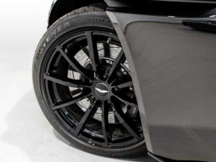 Aston Martin DB11 V12 AMR Bodypack Black Onyx Black métal - 19