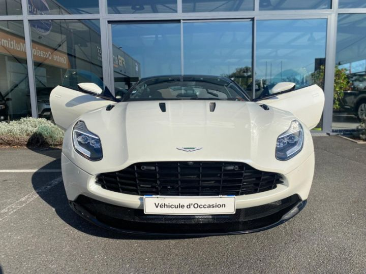 Aston Martin DB11 V12 BI-TURBO 5.2 608CH BVA8 Blanc - 4