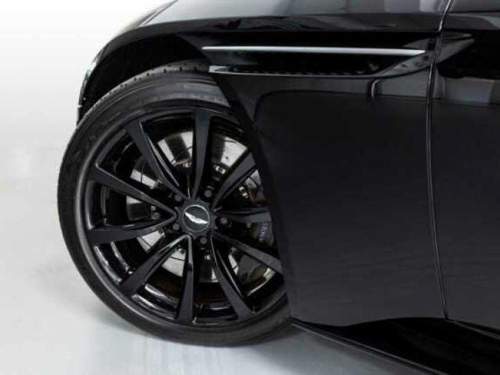 Aston Martin DB11 V12#BODYPACK BLACK Onyx Black - 3