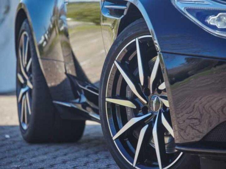 Aston Martin DB11 V12 Coupé AML Special#Bodypack Black Ultramarine Black (AML Special - 4