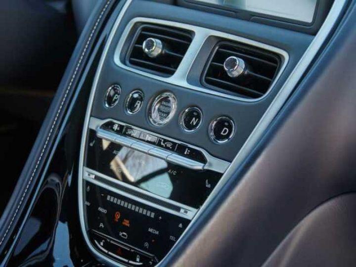 Aston Martin DB11 V12 Coupé AML Special#Bodypack Black Ultramarine Black (AML Special - 11