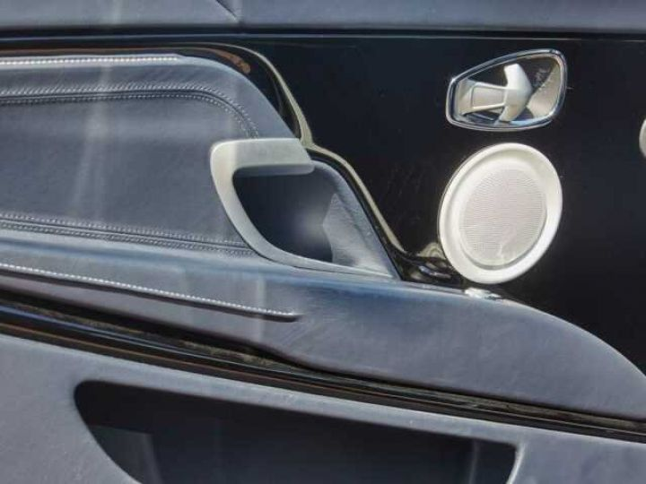 Aston Martin DB11 V12 Coupé AML Special#Bodypack Black Ultramarine Black (AML Special - 15