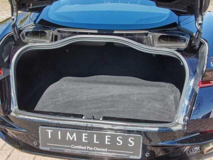 Aston Martin DB11 V12 Coupé AML Special#Bodypack Black Ultramarine Black (AML Special - 20