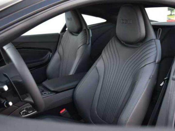 Aston Martin DB11 V12 PACK AMR PERFORMANCE Onyx Black métal - 5